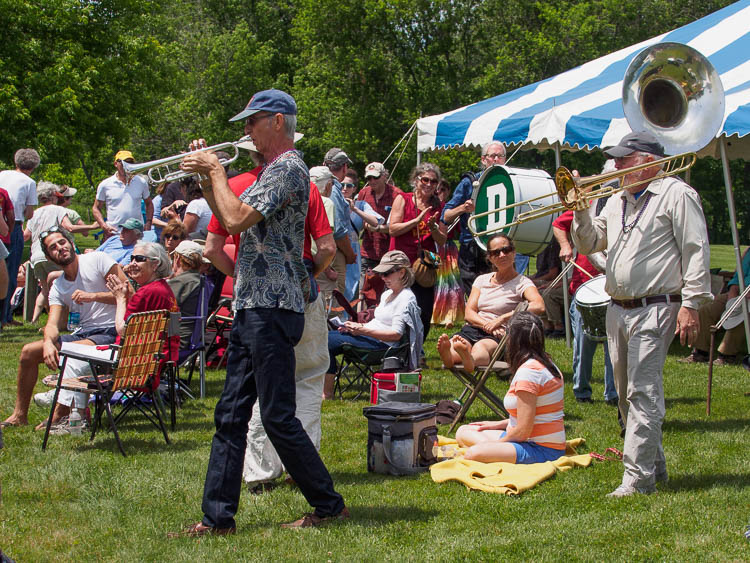 2015 JazzFest Performers Play the Crowd - Photo by John Lehet